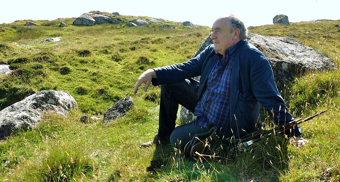 gaelic-piper-edinburgh-allan-macdonald